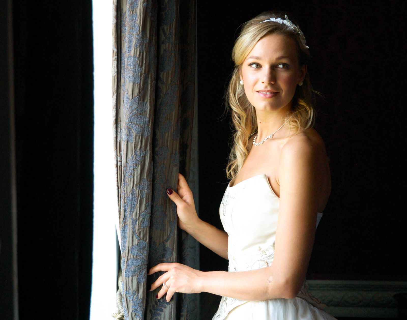 Beautiful wedding photography in the documentary style by Surrey Event Photography